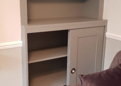 Alcove bookcase sliding doors